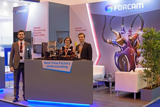 1) Forcam's Mach 2016 stand and team ready to show manufacturers how they can boost productivity