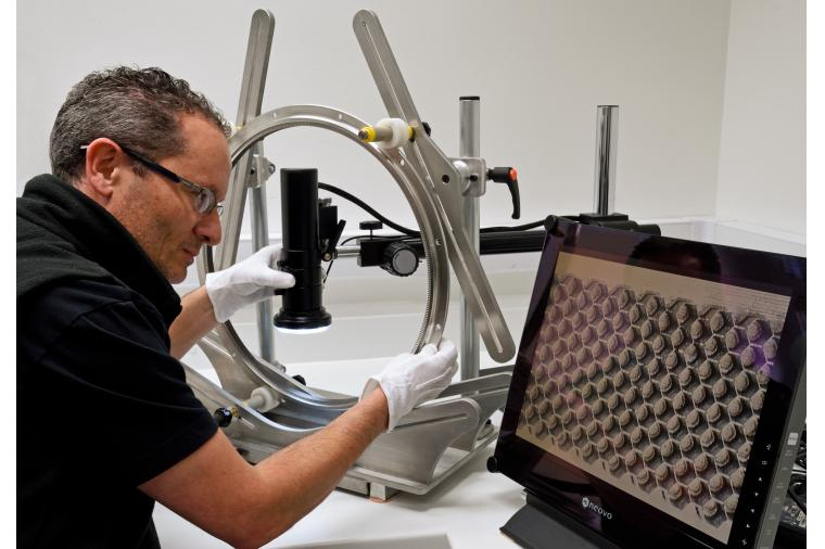 1) Gas tightness of ring seals within aero engines is crucial. High magnification enable the effectiveness of vacuum brazing of the seals to be verified