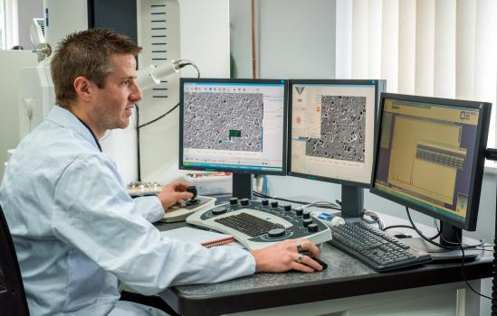 3) Using a scanning electron microscope, compositional analysis of coatings and materials is undertaken
